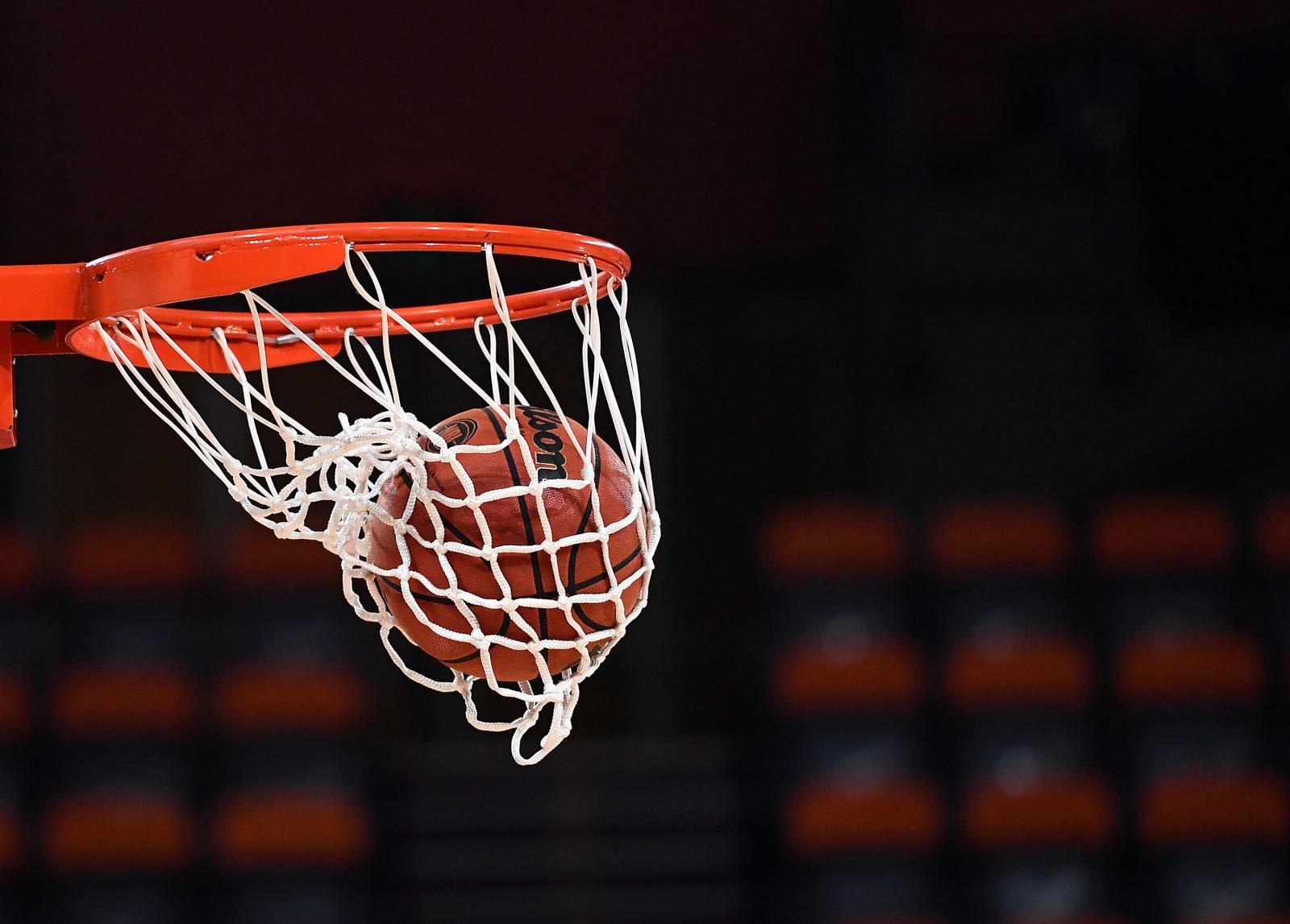 ball in bucket
